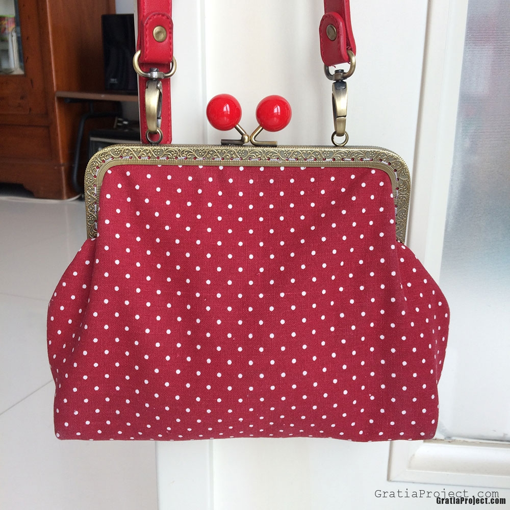 Vintage Red Polkadot Frame Bag Sewing Project