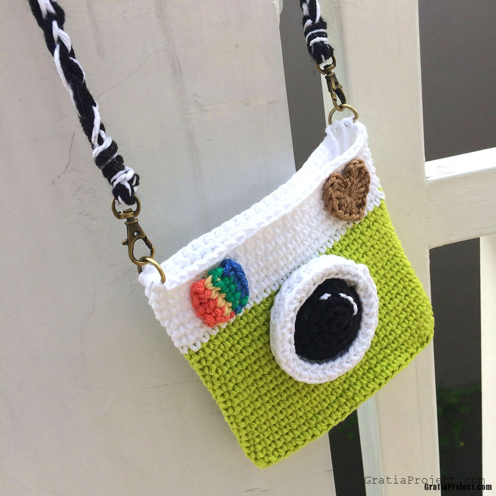 camera-bag-crochet-pattern-easy