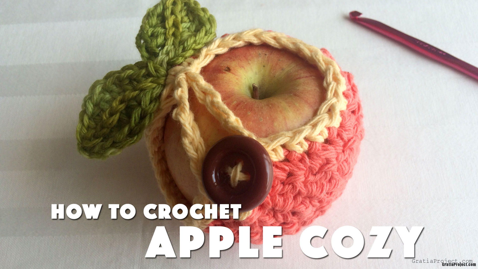 how-to-crochet-apple-cozy